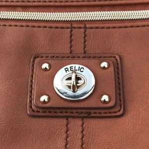Relic leather purse